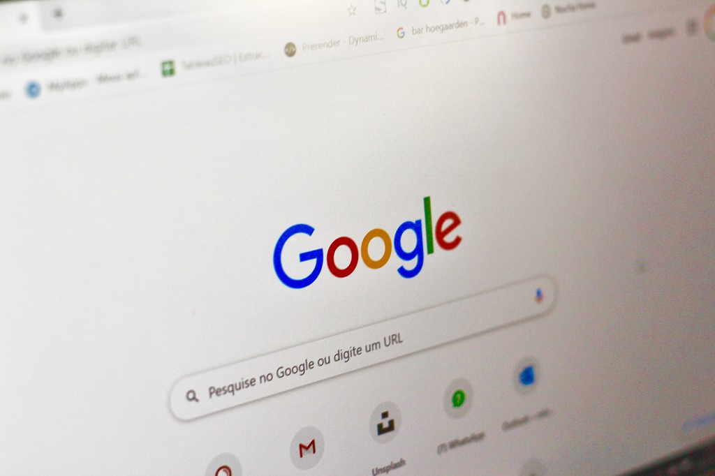 Google search page with keywords displayed. Photo by Nathana Rebouças on Unsplash
